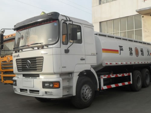 SHACMAN F2000 Oil Tank Truck