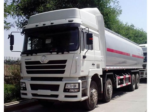 SHACMAN F3000 Oil Tank Truck